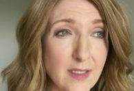 Victoria Derbyshire Takes Off Wig In Emotional Video Following Most cancers Remedy